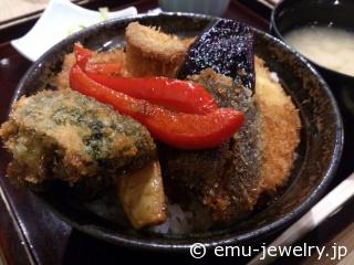 野菜タレかつ丼